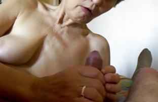 年轻的男孩老女人口交奶奶晃道连裤袜的性高潮